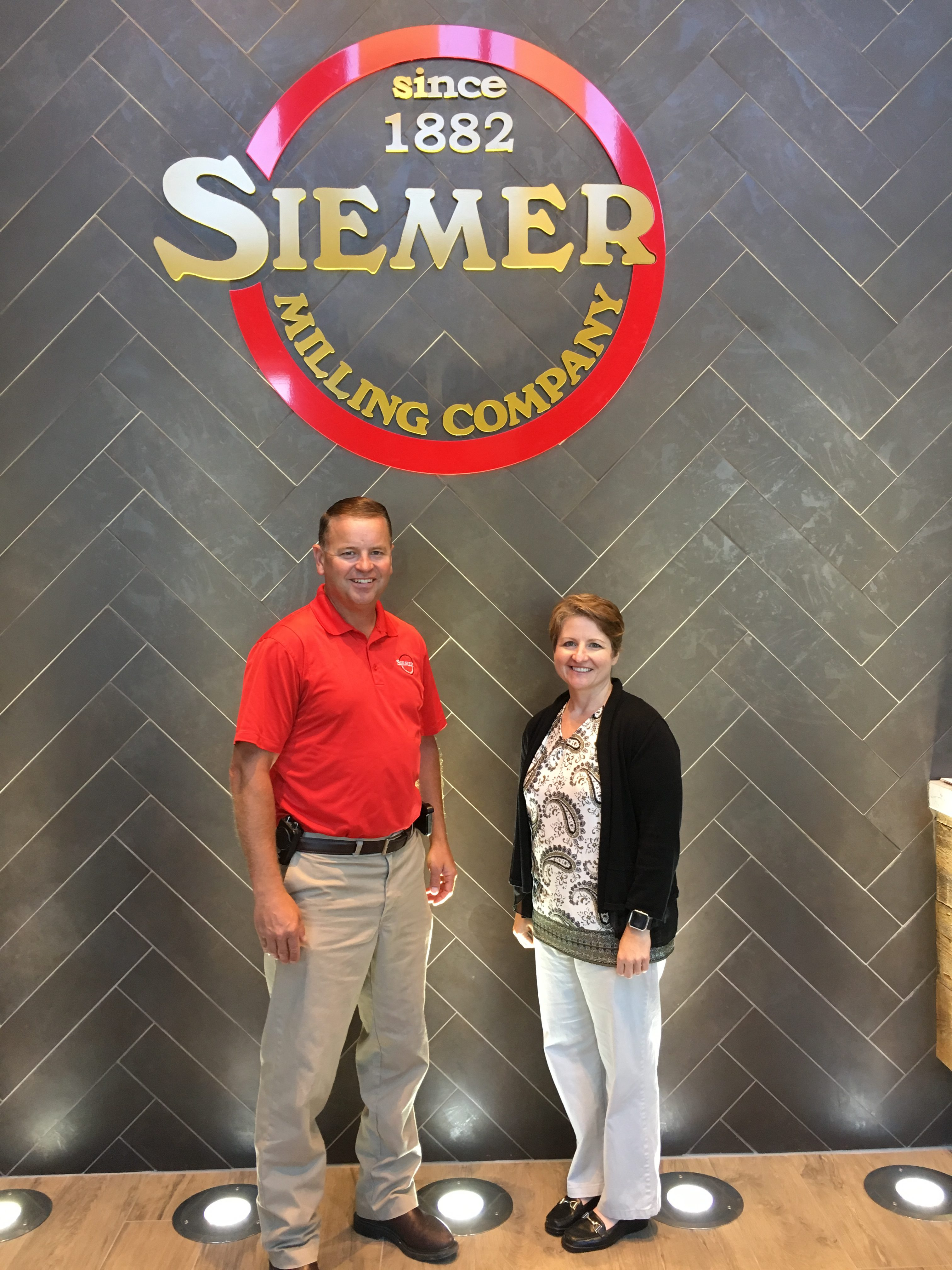 Melinda Farris of IAOM Visits Siemer Milling